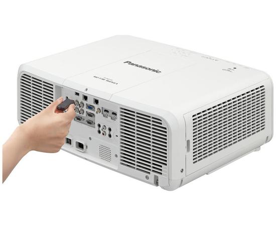 Проектор Panasonic PT-MZ770E — фото 5